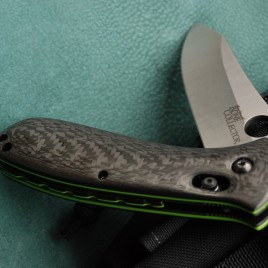 BENCHMADE BONE COLLECTOR